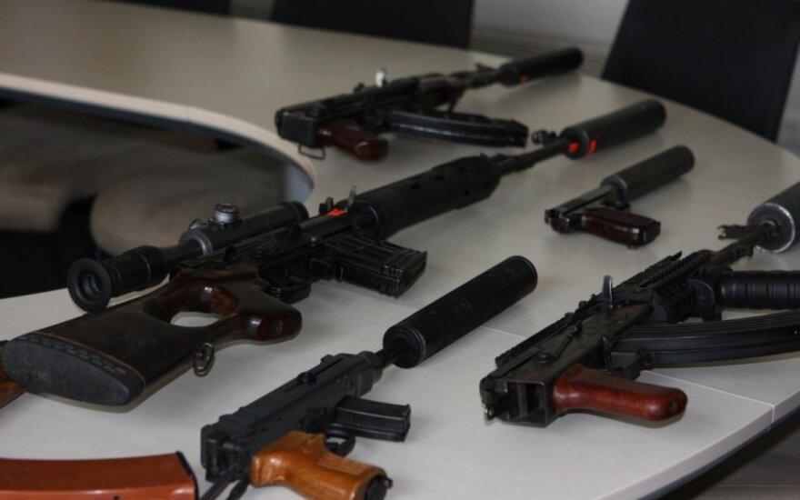 Литовцы не бросились покупать оружие