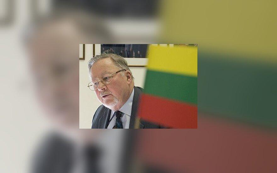В.Ландсбергис: Грузия и Украина не должны поддаваться на провокации