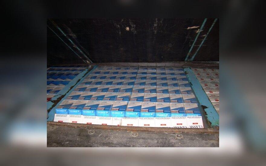 Контрабандные сигареты доставляют и на дом