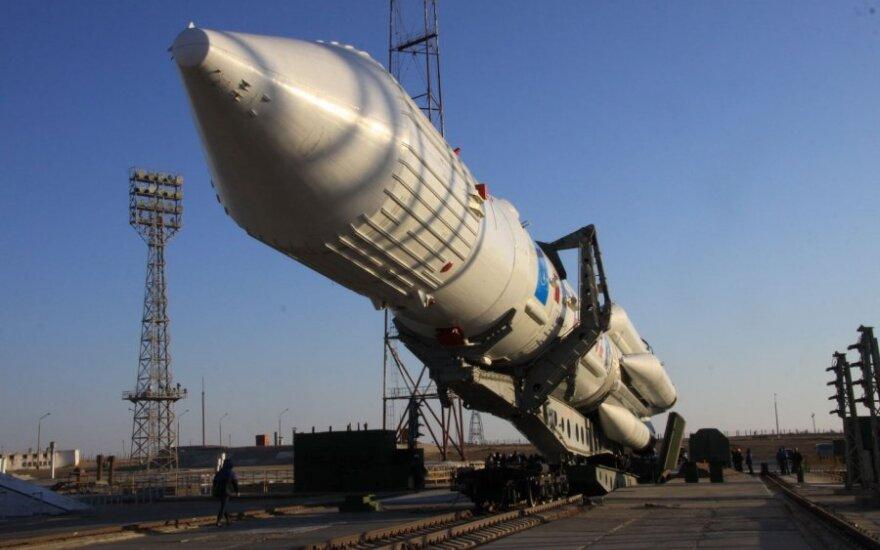"""Rusija paleido raketą """"Proton-M"""""""
