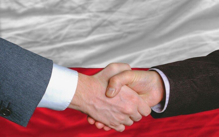 Polsce obecnie nie grozi wyjście z UE, ale nastroje nacjonalistyczne mogą zmarginalizować jej rolę we Wspólnocie