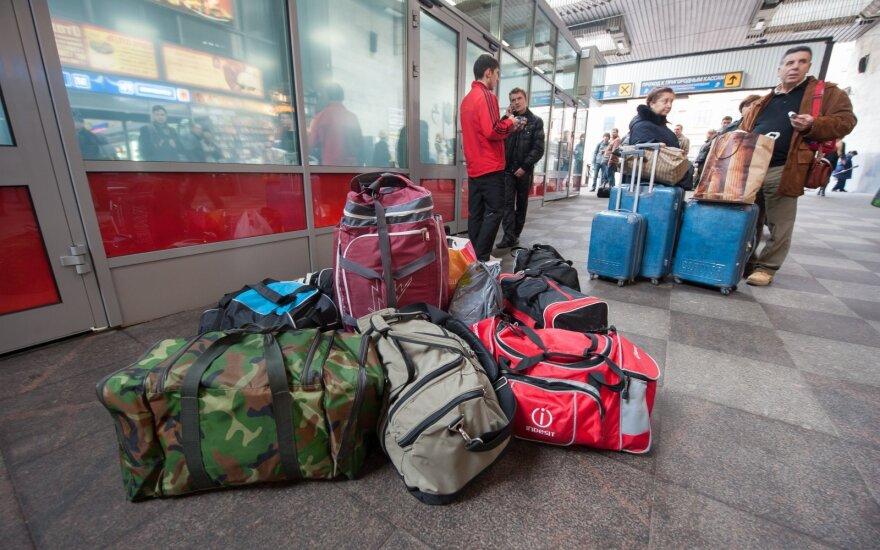Вернувшиеся эмигранты не намерены оставаться в Литве: правительство уверяет, что ждет, но на деле все иначе