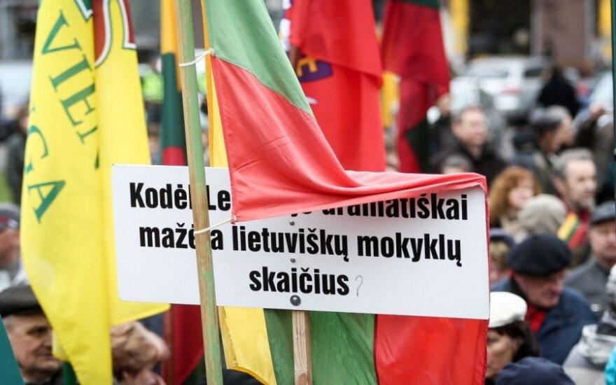 Wiec przeciwko polskim postulatom
