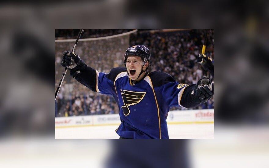 Фееричный дебют Тарасенко в НХЛ: 5 очков в двух матчах