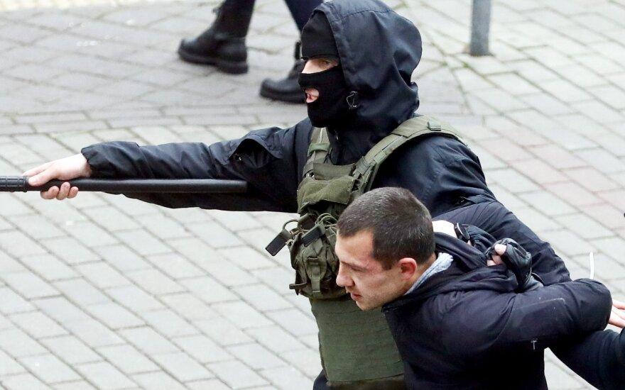 Вашингтон призвал власти Беларуси освободить политзаключенных