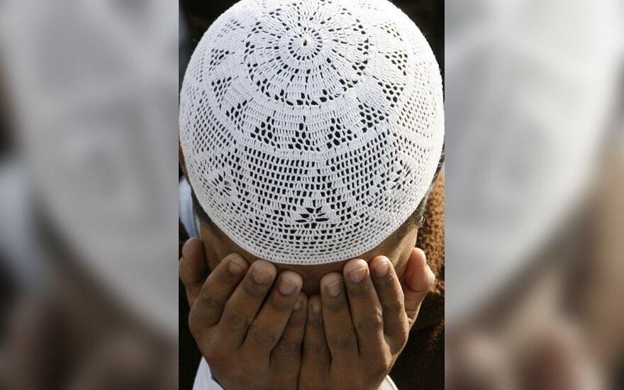Musulmonas meldžiasi