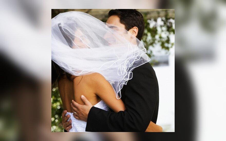 Секс после свадьбы укрепляет брак