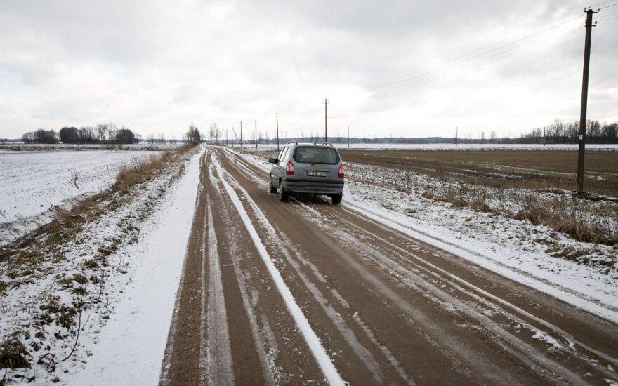 На востоке Литвы ночью на дорогах появится гололёд