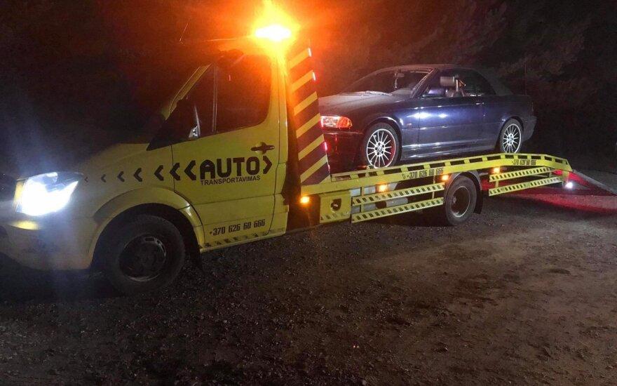 Молодой человек на отцовском BMW попался пьяным в Паланге
