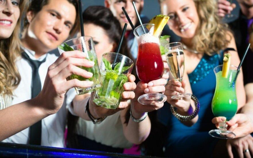 Wesele bez szampana, czyli rząd zakazuje konsumpcji alkoholu osobom poniżej 20 lat