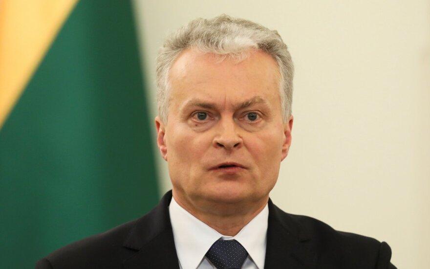 Президент Литвы: решение мэра Вильнюса снять доску Норейке раскололо общество
