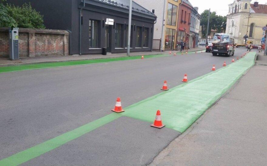 Nemuno gatvės dviračių juosta