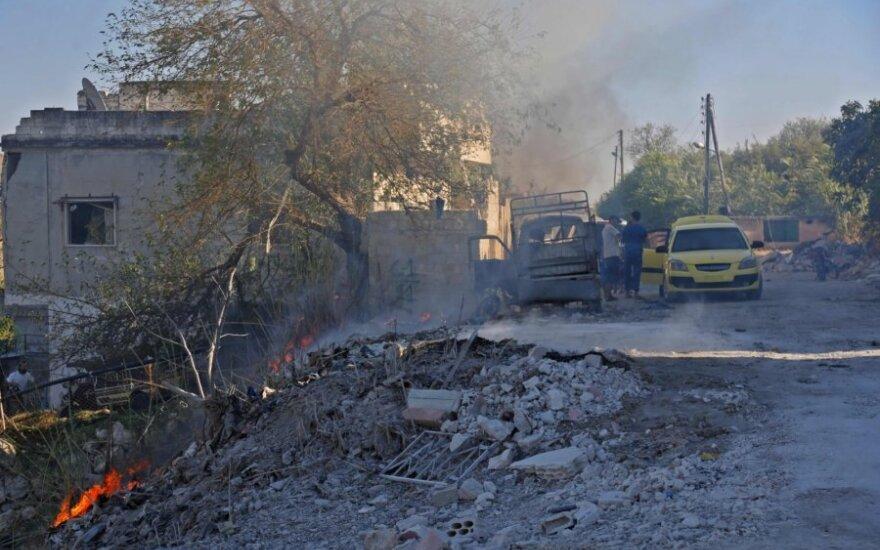 Idlibo apylinkės po rusų aviacijos smūgio