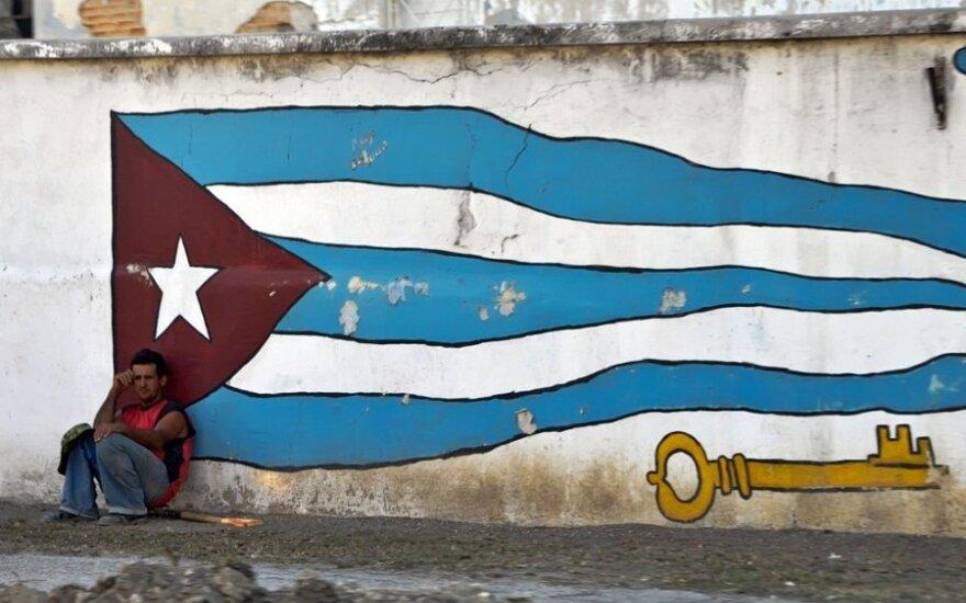 СМИ: бежавшая с Кубы в 1993 году дочь Кастро приехала навестить мать