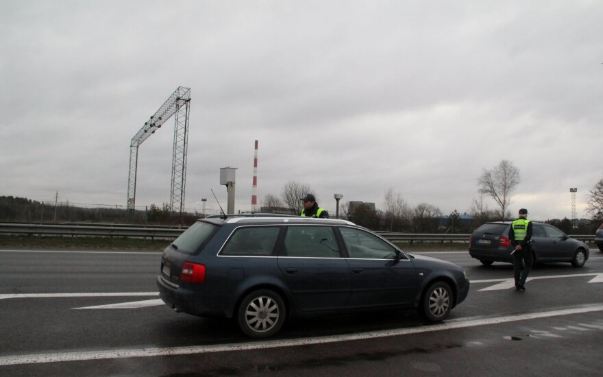 Rytinis reidas kelyje Kaunas-Vilnius