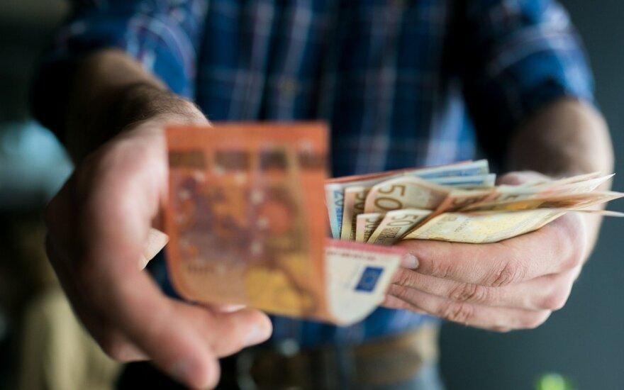 Социал-демократы обещают поднять среднюю зарплату до 1100 евро