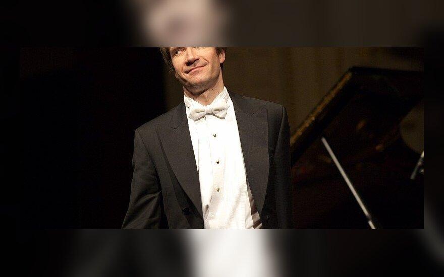 Концерт пианиста Николая Луганского в Вильнюсе (Caramor.lt)