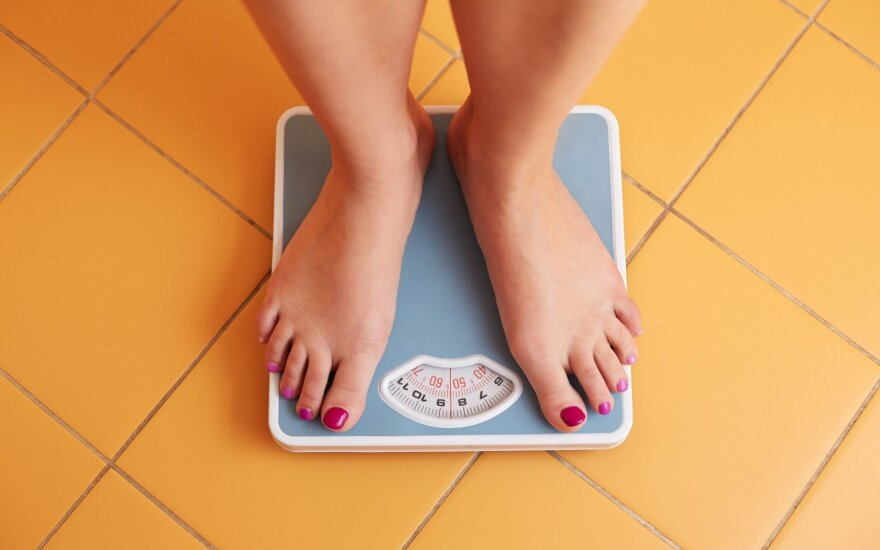 Приобретение напольных весов ускоряет похудение