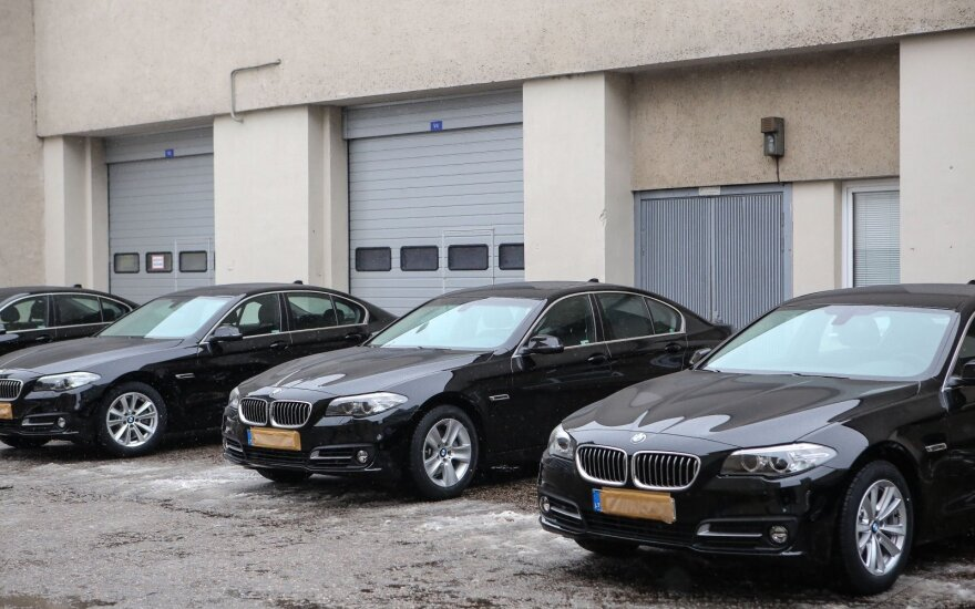 Nauji Seimo konceliarijos BMW automobiliai