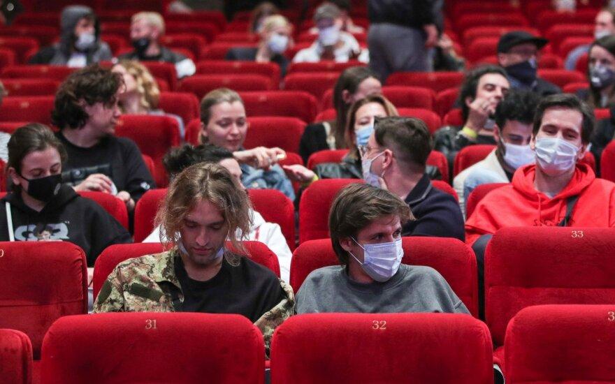 В России новые случаи коронавируса отмечены во всех регионах, 129 человек умерли