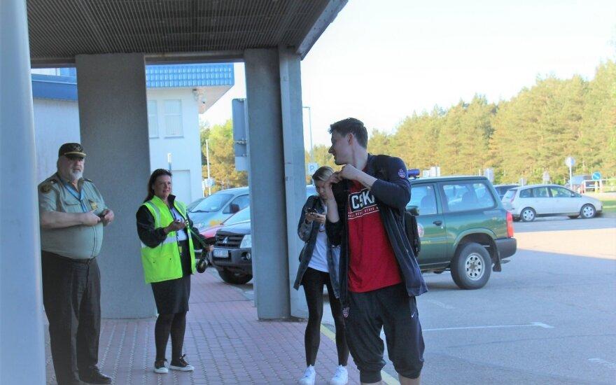 Maskvos CSKA klubo žaidėjai atskrido į Palangos oro uostą