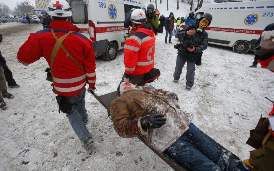 Проходящий в Литве лечение украинец: из тел вынимали пули и осколки