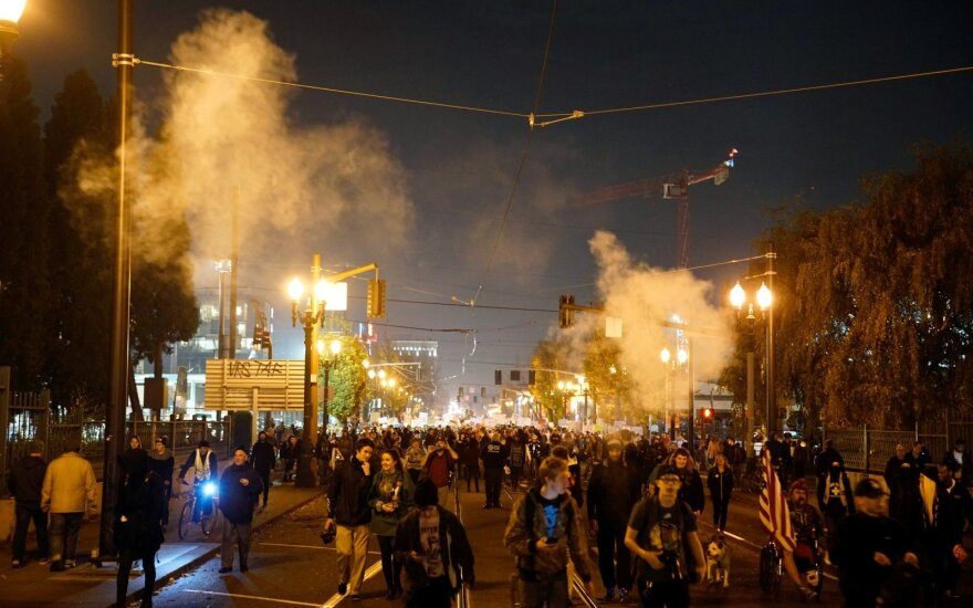 Протесты против Трампа переросли в беспорядки в Орегоне