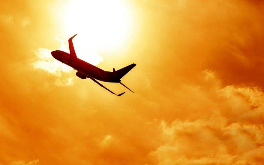 Самолет Ан-12 разбился на пути из Новосибирска в Иркутск