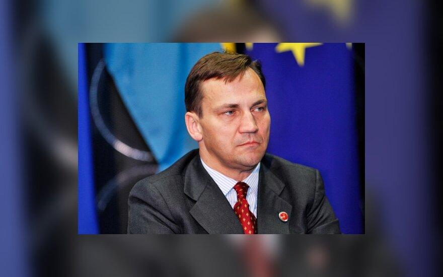 Глава МИДа Польши: нерешенные вопросы мешают двусторонним отношениям