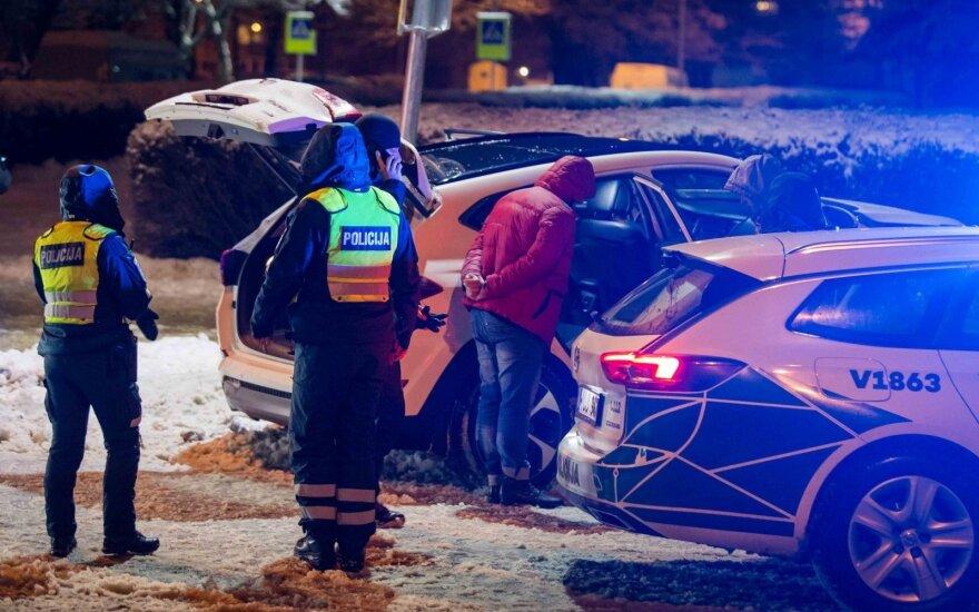 Автомобиль врезался в столб, подозревают, что водитель находился в состоянии наркотического опьянения
