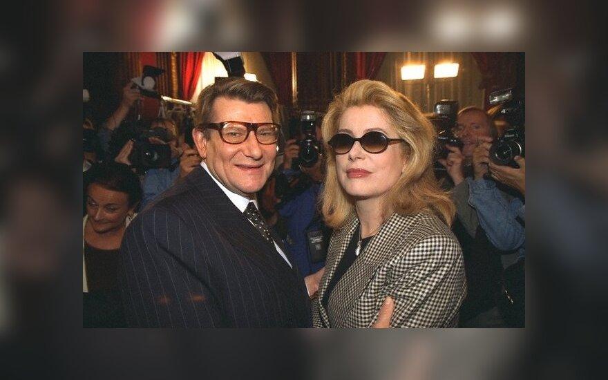Катрин Денев поссорилась с Софи Марсо из-за французского президента