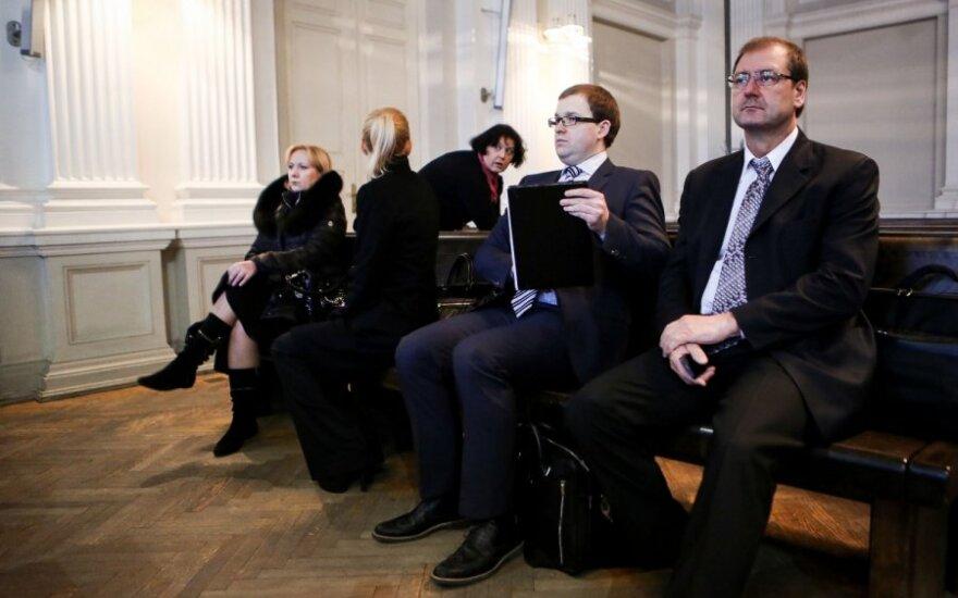 Суд: экспертиза подписей Успасских в деле ПТ не нужна