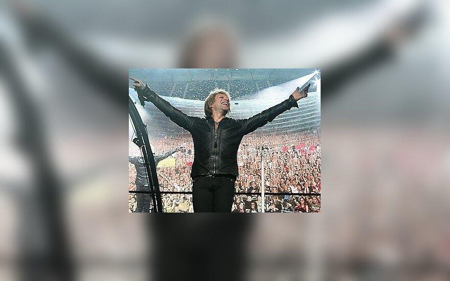 СМИ обнародовали причину ухода гитариста Bon Jovi