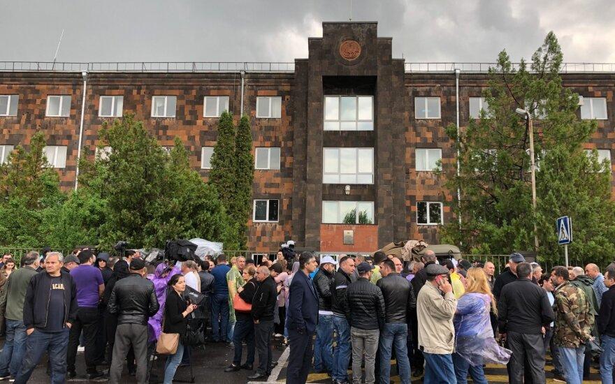 В Армении задержано около 30 участников акций против Пашиняна