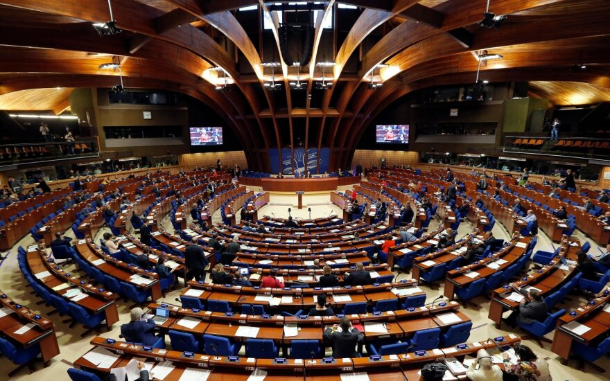 Делегации Литвы, Украины и еще пяти стран покинули сессию ПАСЕ