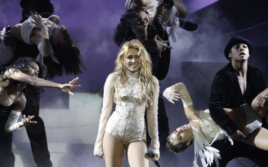 "Miley Cyrus zapowiada ""We Can't Stop"""