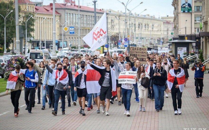 1 сентября в Беларуси: протест студентов, задержания, Лукашенко общается с жителями Барановичей