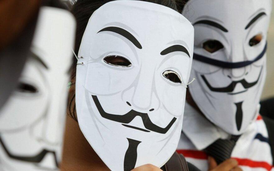 """""""Anonymous"""" programišiai"""