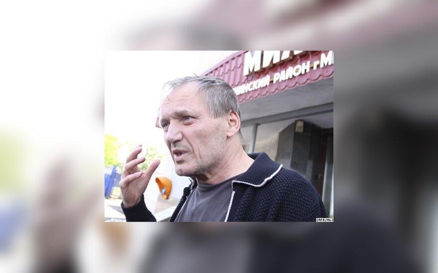 Некляев ушел от преследования милиции на пароходе