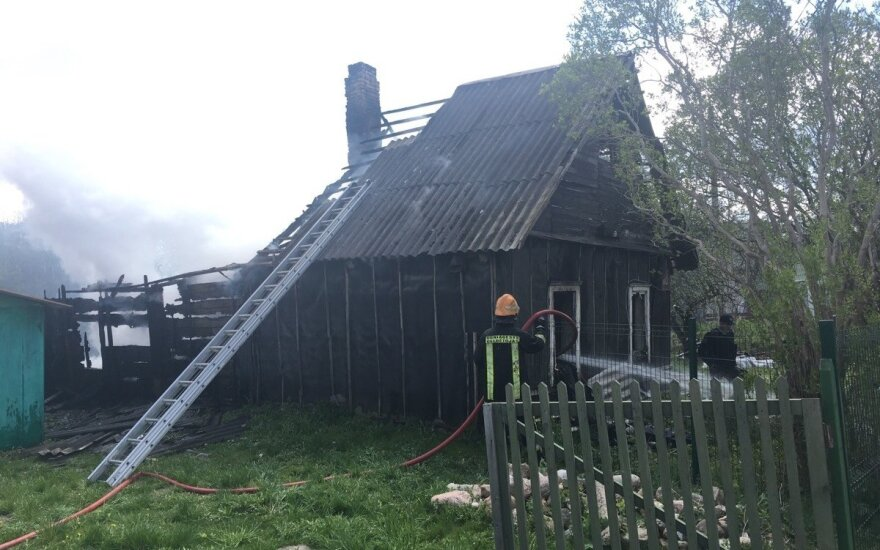 В Вильнюсе горел дом, погибли два человека