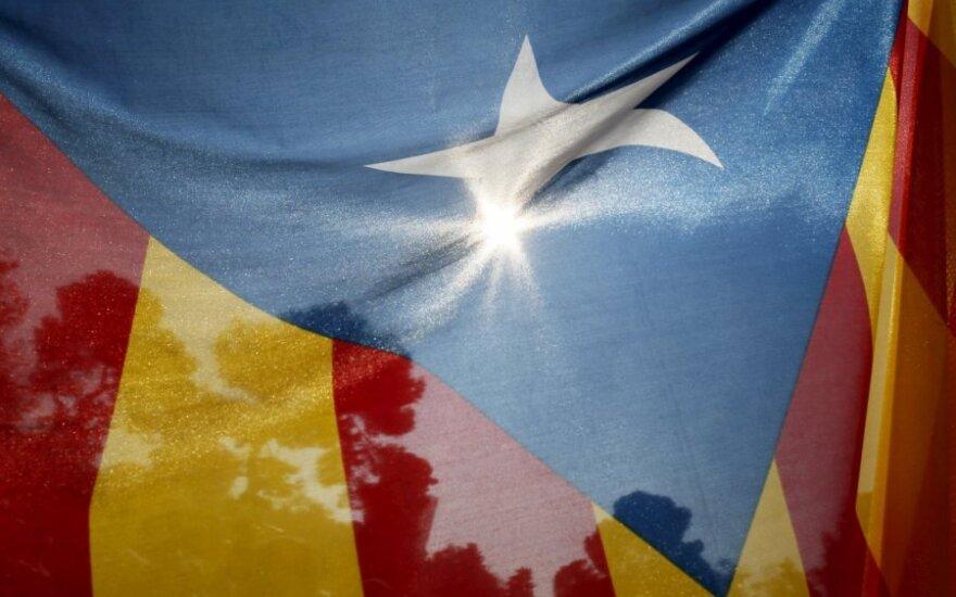 Сотни тысяч каталонцев вышли на акцию за отделение от Испании