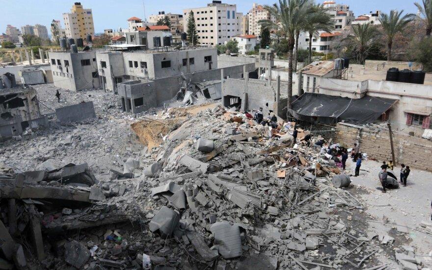 Израильские танки открыли огонь в ответ на ракетный обстрел из Газы