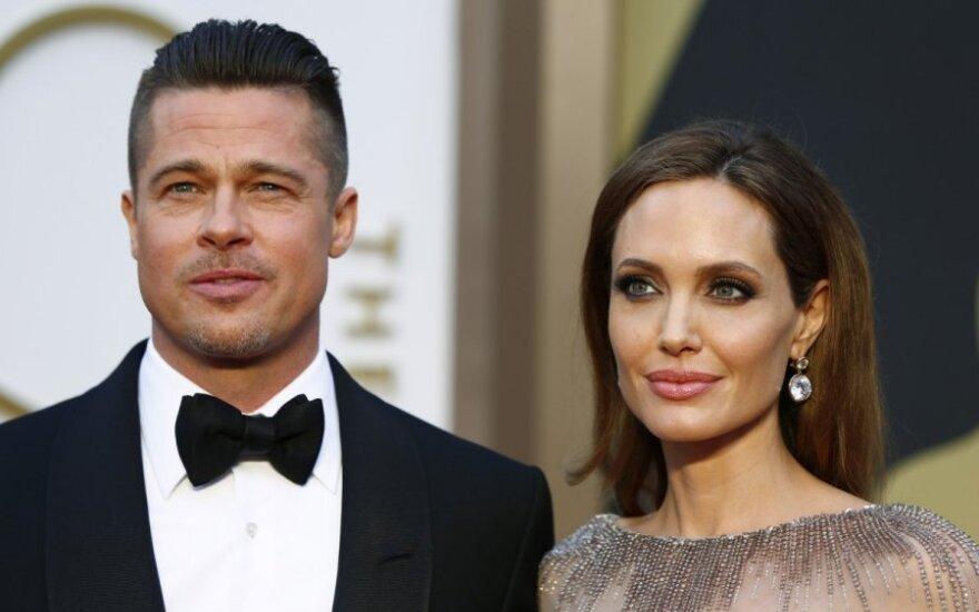 Анджелина Джоли и Брэд Питт поженятся летом