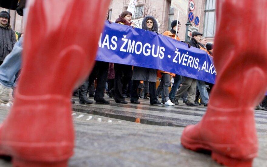 Исследование: только румыны, сербы, египтяне и палестинцы несчастнее литовцев