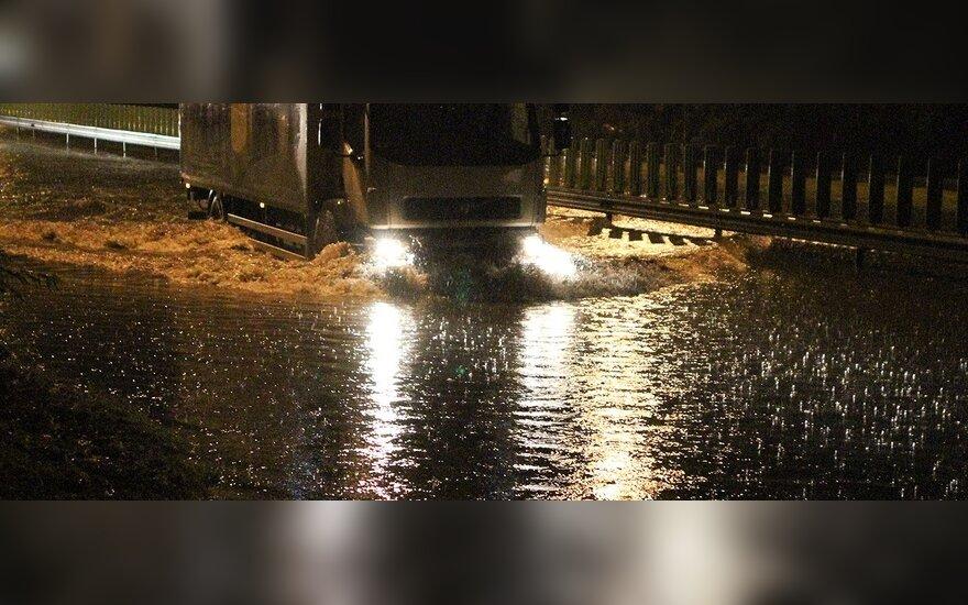 Ночью дождь затопил Вильнюс