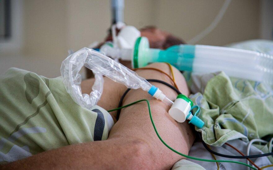 США передадут России 200 аппаратов искусственной вентиляции легких