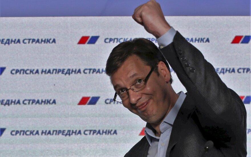 На парламентских выборах в Сербии победили сторонники вступления в ЕС