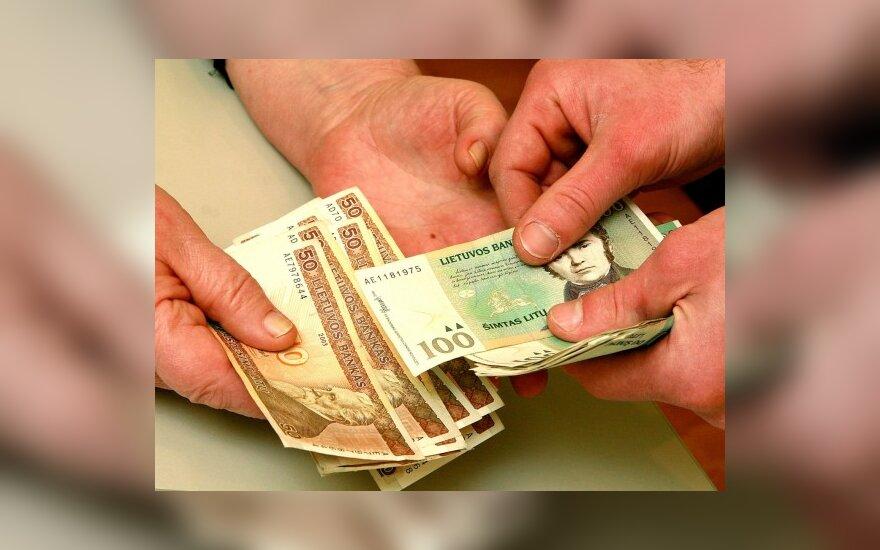 Опрос: быстрые кредиты обычно берут работающие одинокие люди