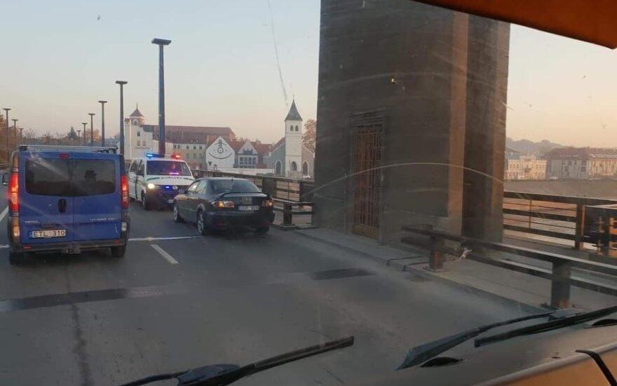 В Каунасе из-за трагического происшествия образовались заторы