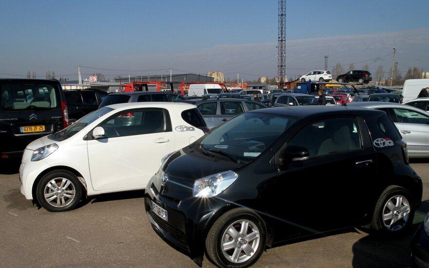 Новый порядок продажи автомобилей в Литве: что узнает покупатель?